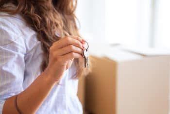 A hora de investir em imóveis é agora